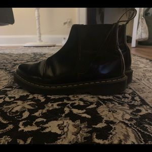 Dr. Martens Chelsea boot